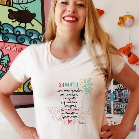 Sii gentile con una parola un sorriso un gesto| T-shirt donna