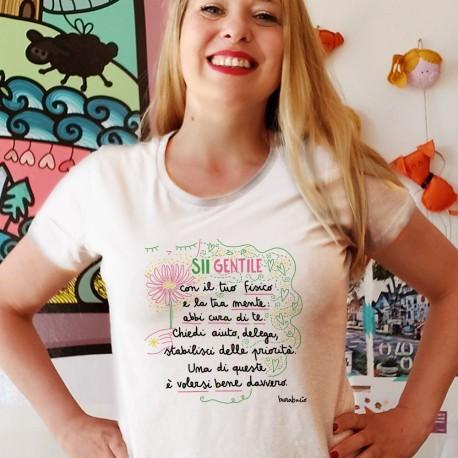 Sii gentile con il tuo fisico | T-shirt donna