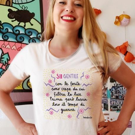 Sii gentile con le ferite | T-shirt donna